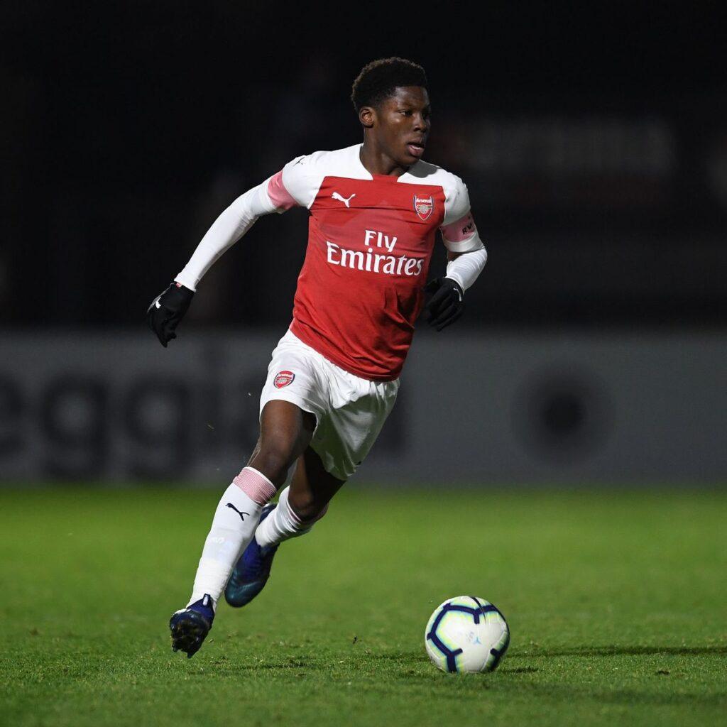 Yunus Musah con l'Arsenal