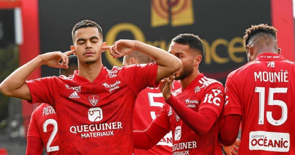 Romain Faivre esulta dopo un gol